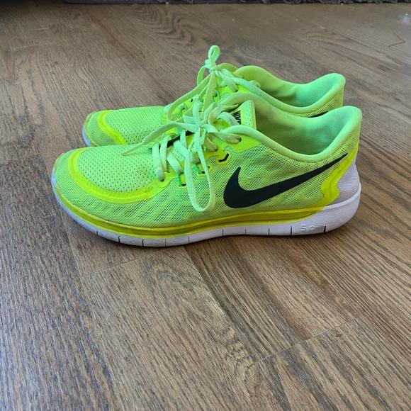 nike free run yellow